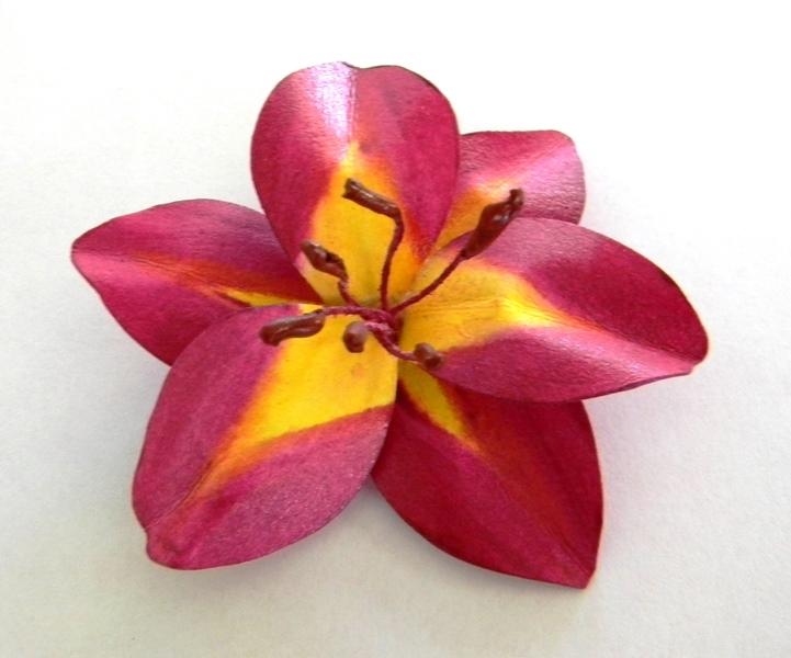 Pink Daylily Brooch